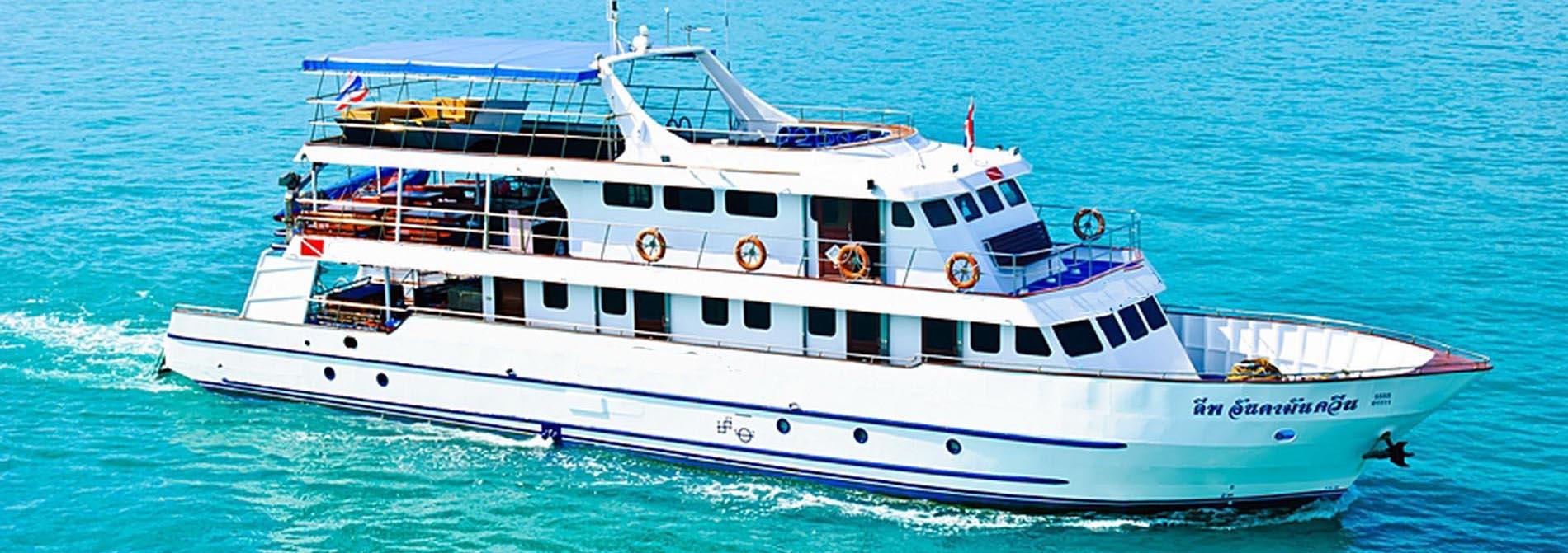 MV Andaman Queen - Phuket Tauchsafaris