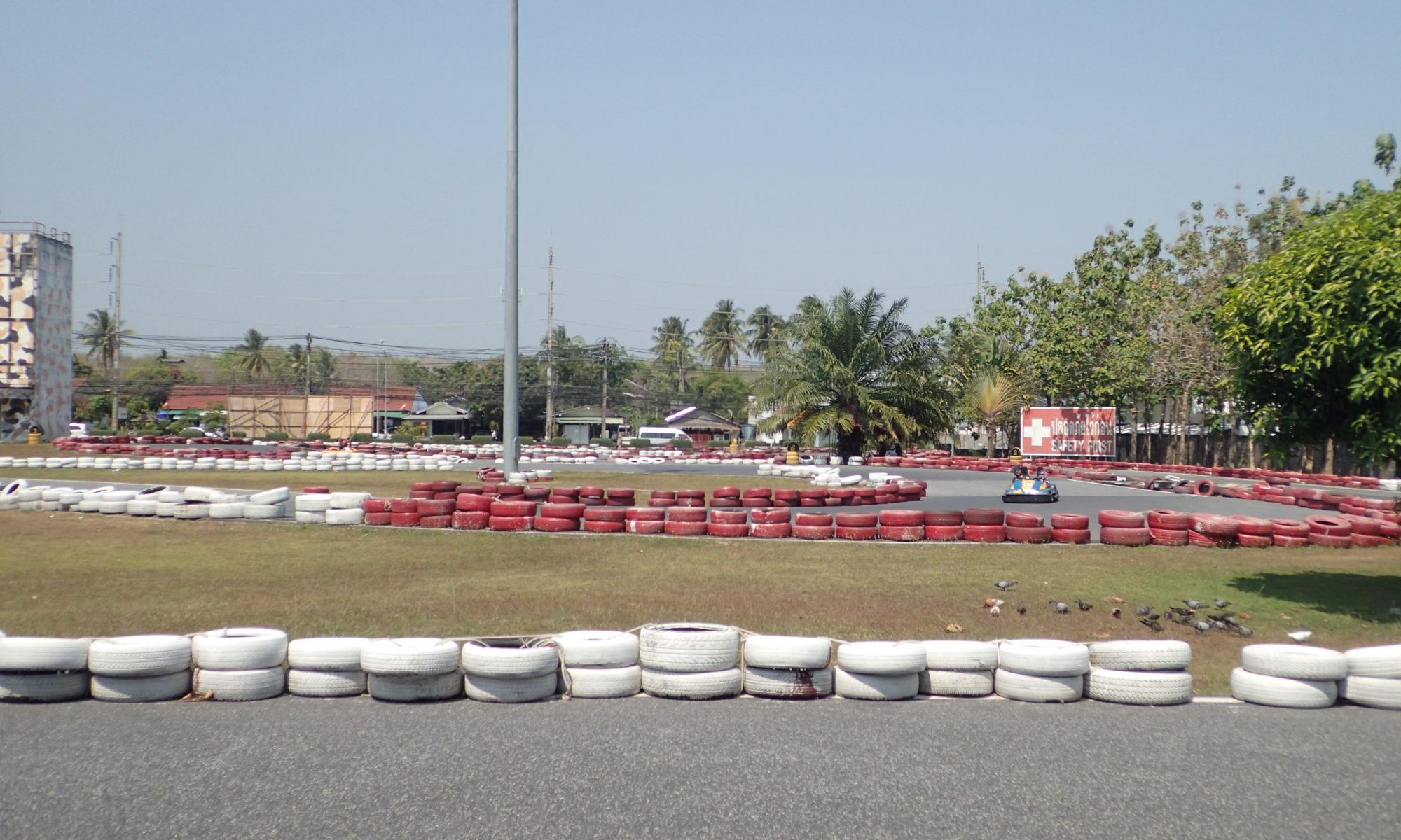 Touristen Rennstreck in Chalong mit der Deutschen Tauchschule Phuket