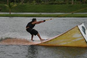Wasserskibahn Kamala Beach Tauchschule