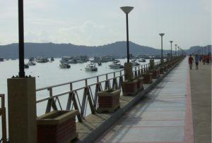 Pier in Chalong Kamala Tauchschule