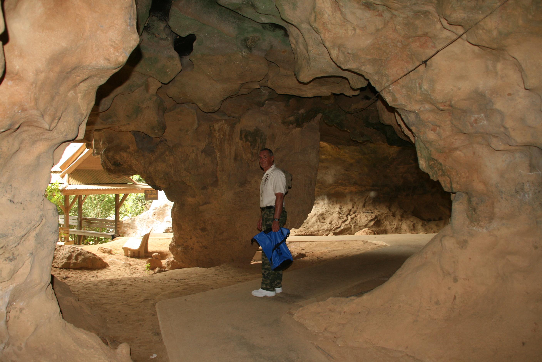 Höhlenbesichtigung - Phuket Tauchschule
