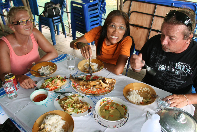 Mittagessen - Kamala Dive Center