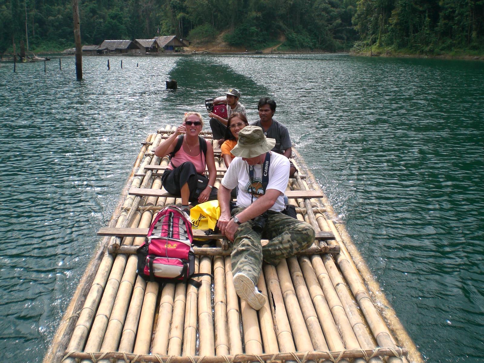 Floßfahrt auf dem Rajjaprabha Stausee