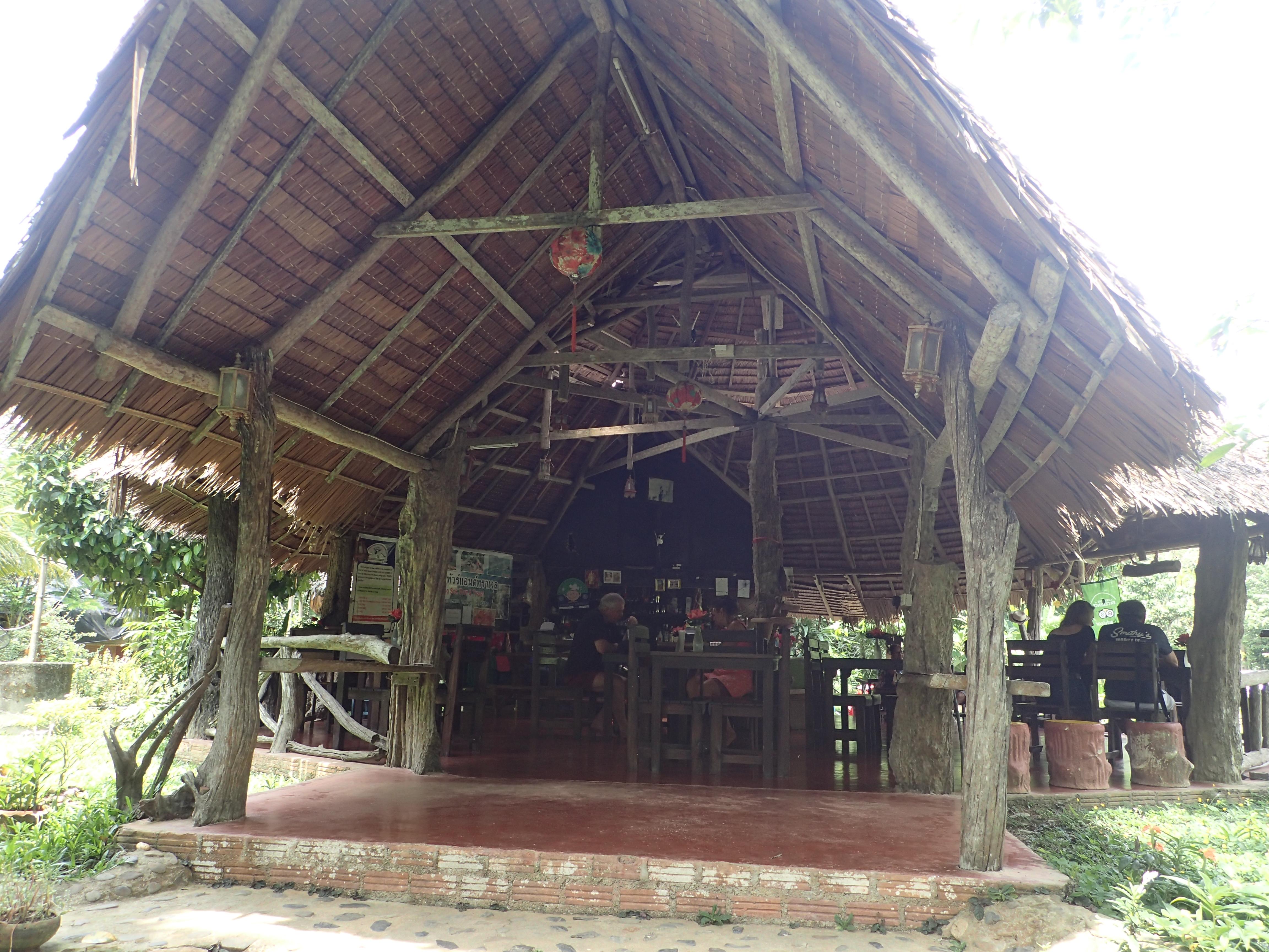 Restaurant im Khao Sok National Park - Dschungelsafari