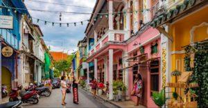 Altstadt Phuket Town - Kamala Dive Service
